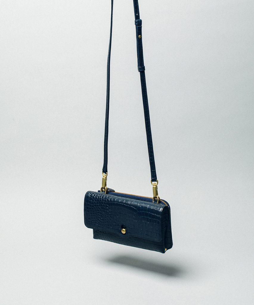 Twice Wallet Shoulder